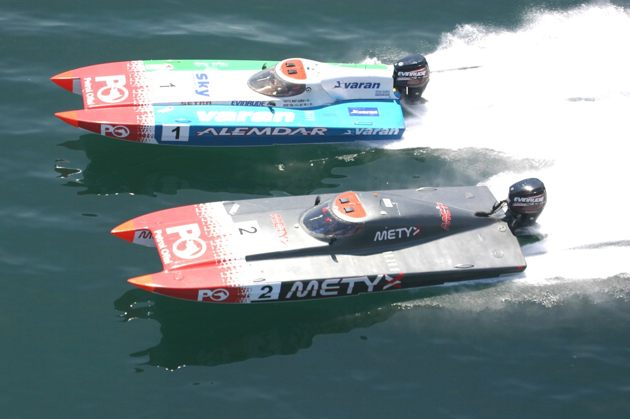 Offshore Racing Boats